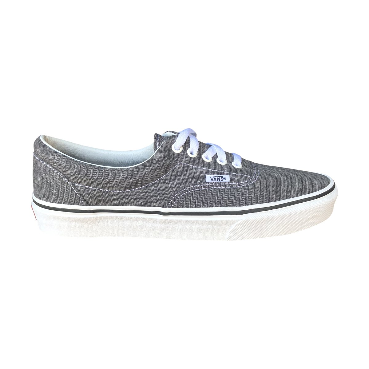 Vans Unisex Era Skate Shoes, Classic Low-Top Lace-up Style in Durable Double-Stitched Canvas and Original Waffle Outsole B072HM4N7M 12 M US Women / 10.5 M US Men|Micro Herringbone Blk/Tw