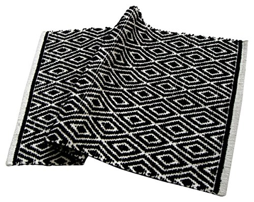 Chardin home 100% cotton Diamond Rug Fully reversible - Mat size 21''x34'', Machine washable, Black & White by Chardin home