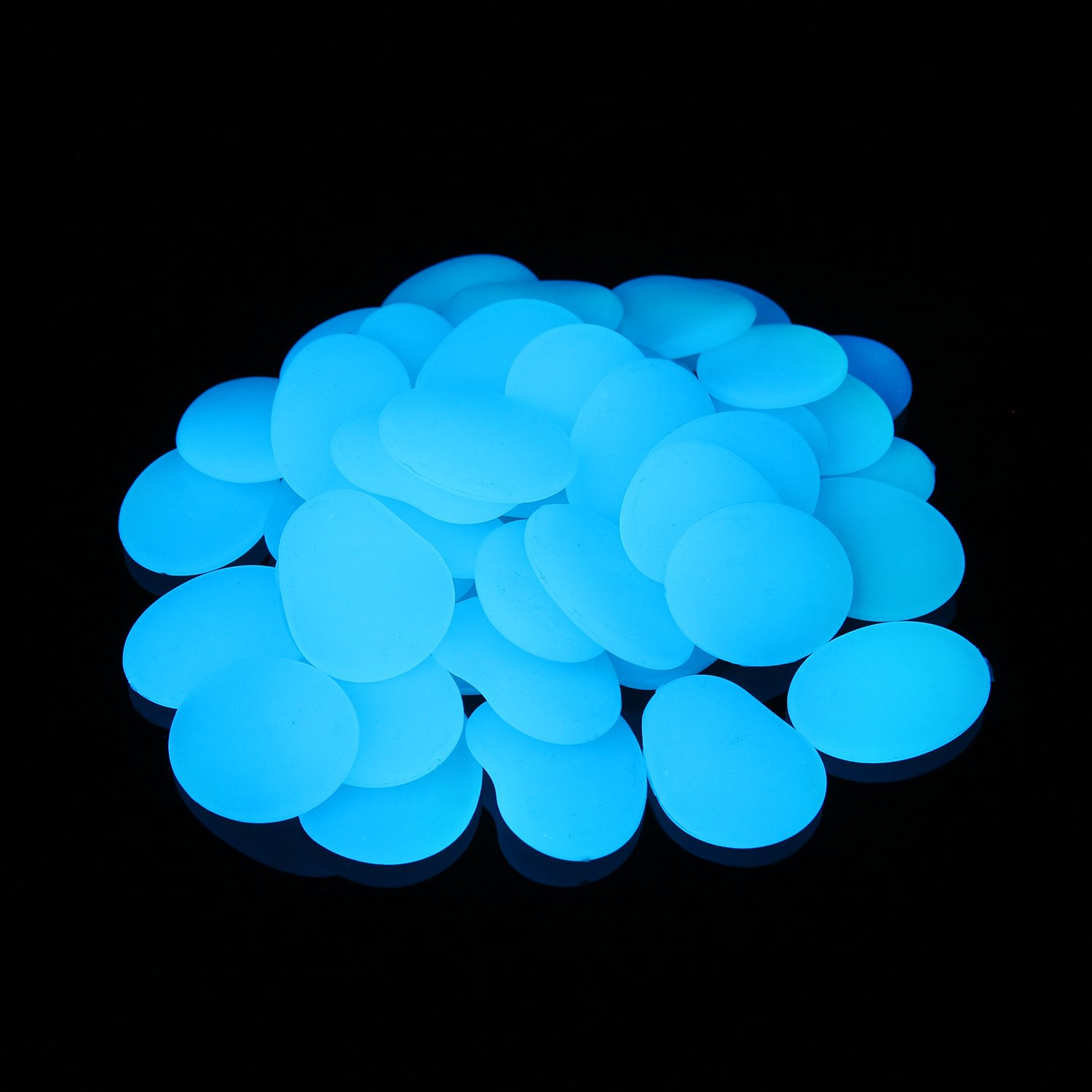 Glow in The Dark Pebbles for Garden Décor, Glow in The Dark Rocks for Fairy Garden, Glowing Stones Fish Tank Aquarium Gravel DIY Garden Gifts (Flake Shape, 44pcs,315g/11.11oz/0.69lb) (Green) Xiamen Alan Stone Trade Co. Ltd
