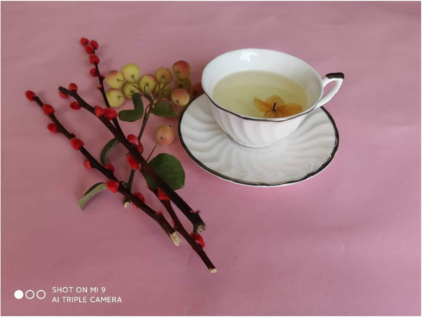 GoShuang Bone China Coffee Cup and Saucer Set Ripple Cup Body Plate Simple Black Gold Trim Milky White Tea Cup Office Cup