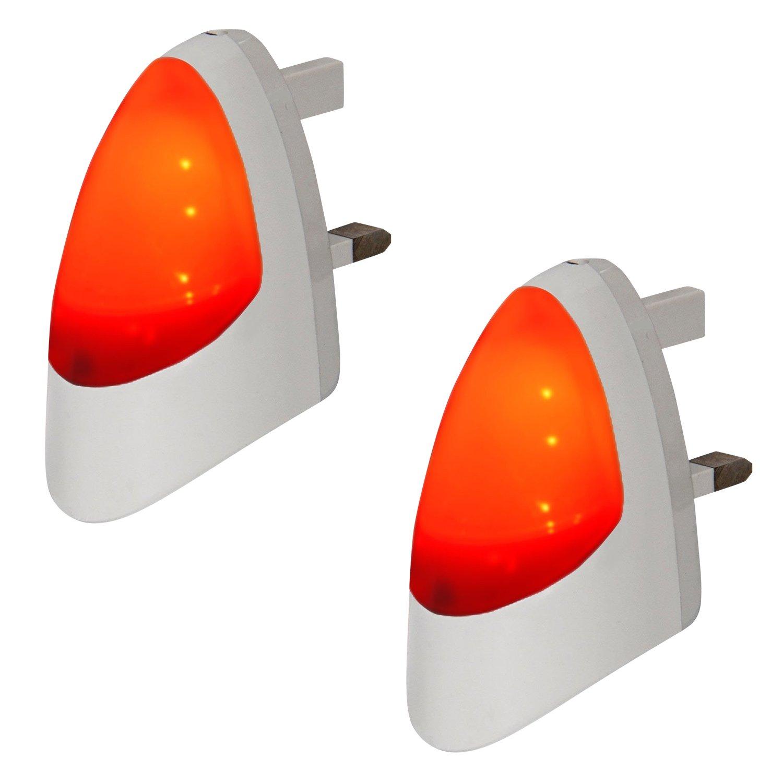 Automatic Led Night Light Plug In Energy Saving Dusk 2 Dawn Emergency Sensitive White