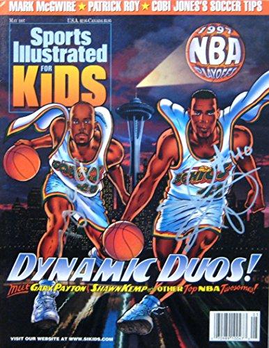 Payton, Gary & Kemp, Shawn 5/97 autographed magazine by SI Kings