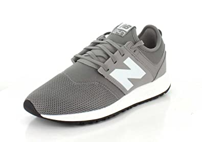 competitive price 2d4d3 c4960 Amazon.com   New Balance Men s Mrl247 Classic   Fashion Sneakers