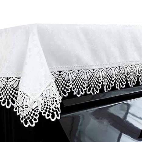 New White Plastic Lace Tablecloths