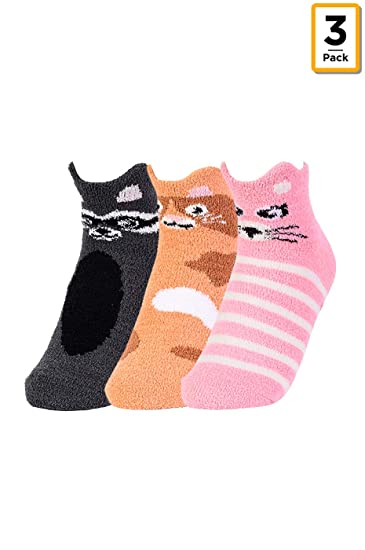 40131f267971 Women's Premium Novelty Sweet Animal Fuzzy Ankle Socks W/Grippers (3-Pairs)