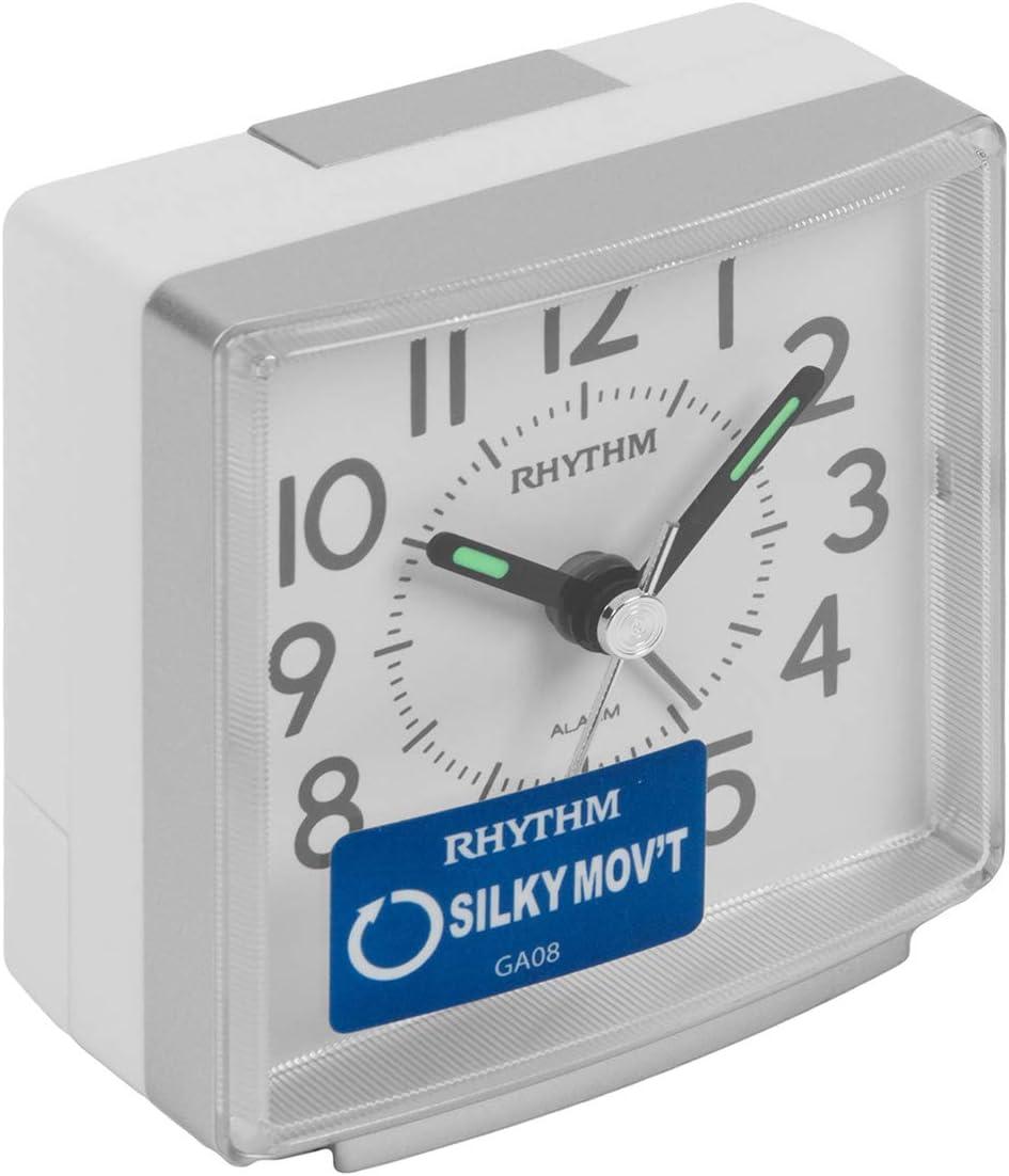 Rhythm - Reloj despertador de pitido, movimiento silencioso, sin tachuelas, alarma de mesita de noche, color plateado