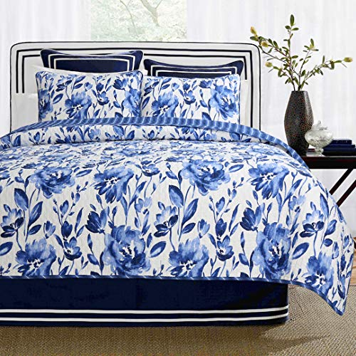 (Cozy Line Home Fashions Sapphire Flowers Quilt Bedding Set, 100% Cotton Blue White Porcelain Floral Pattern Reversible Coverlet,Bedspread Gifts for Women (Crystal Flower, Queen - 3 Piece))