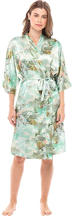 Vintage Nightgowns, Pajamas, Baby Dolls, Robes Alexaner Del Rossa Women's Midi Length Satin Kimono Wrap - Belted Robe with Pockets Limited Edition Print $39.99 AT vintagedancer.com