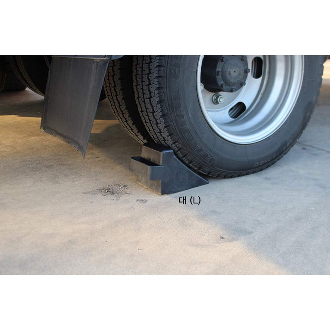 GB 2PCS of Tire Crutch Wheel Chocks for Car Truck Stopper Block Set (Large) by [GBOEM] (Image #2)