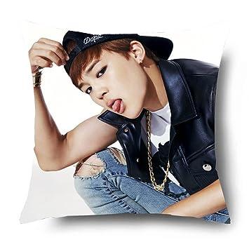 Amazon.com: fanstown BTS Kpop Miembros Funda de almohada ...
