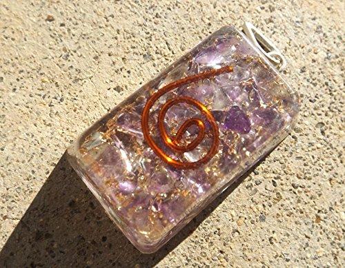Newton Crystal (Orgone Healing Crystal Pendant Natural Amethyst Gemstone Chips Copper Spiral)