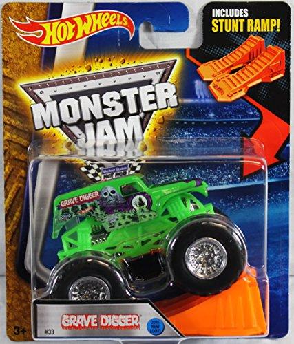 Hot Wheels Monster Jam Grave Digger Green 2016 New Look! Inc