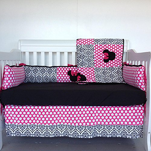 4pc Standard Crib Set- Minnie Mouse/ Crowns