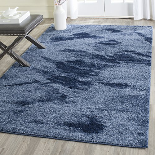 (Safavieh Retro Collection RET2891-6065 Modern Abstract Light Blue and Blue Area Rug (4' x 6'))