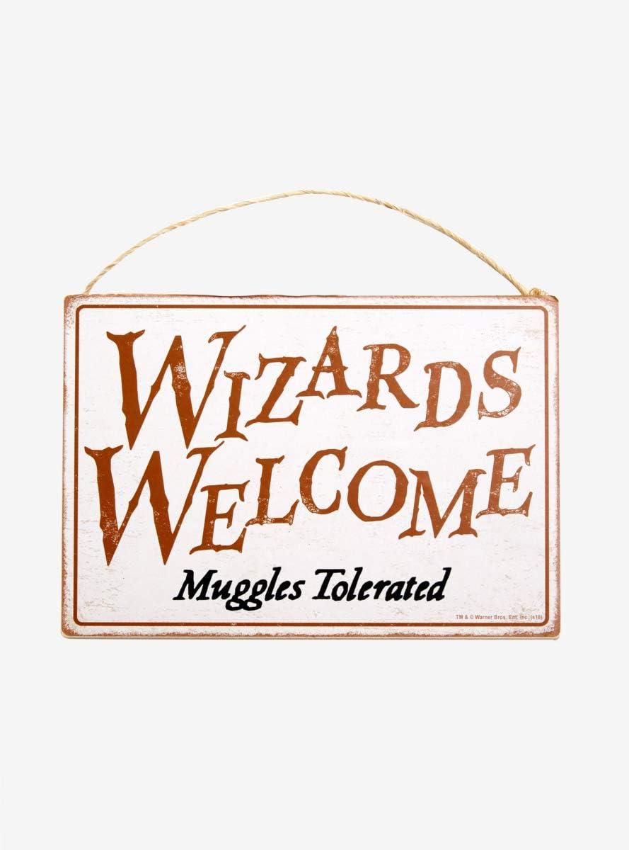 Hot Topic Harry Potter Wizards Welcome Door Sign