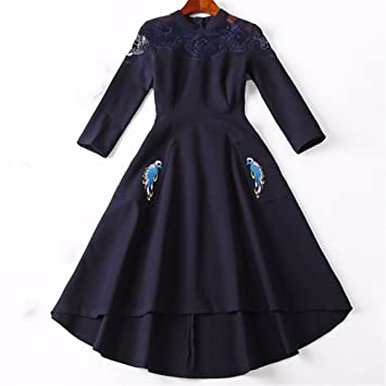 Vestido de manga larga, el otoño y el invierno, mujer de nacionalidad china viento