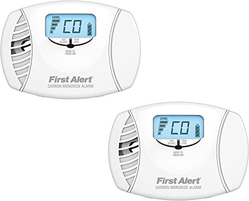 First Alert CO615 Dual-Power Carbon Monoxide Plug-In Alarm with Battery Backup and Digital Display 2 Pack