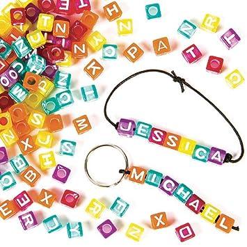 Schmuck basteln mit kindern  Buchstaben-Perlen - zum Basteln für Kinder - Schmuck für Armbänder ...