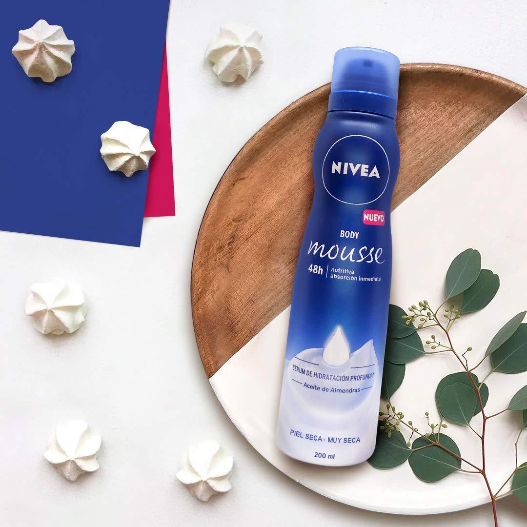 NIVEA Body Mousse Nutritiva, con Sérum Hidratante para Piel ...