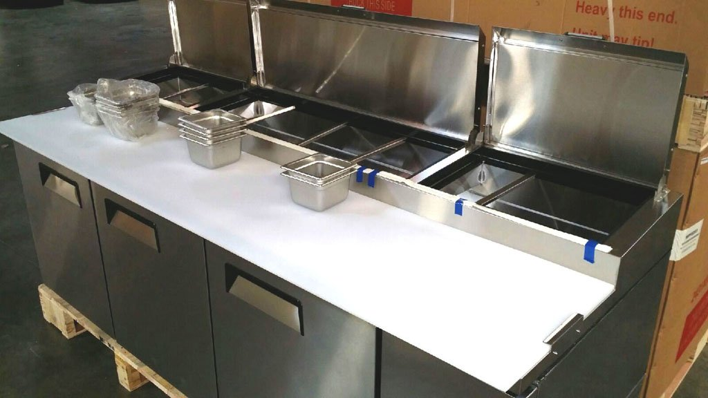 93'' 3 Door Commercial Refrigerated Pizza Prep Table MPF-8203