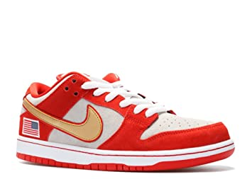 detailed look 177a6 a5213 NIKE SB Dunk Low TRD