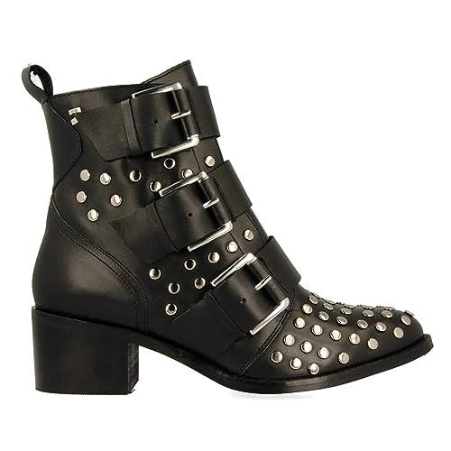 bf7ee2bebac30 Botines Negros Tachuelas de Gioseppo  Amazon.es  Zapatos y complementos