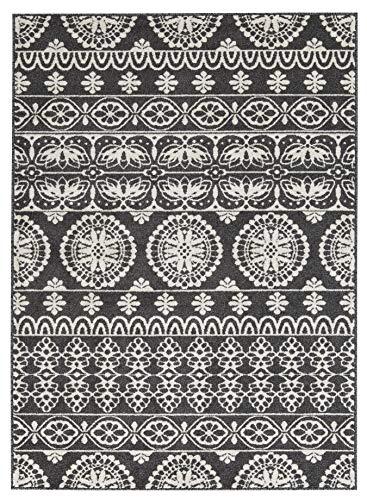 (Ashley Furniture Signature Design - Jicarilla Large Rug - Tribal Design - Black/White)