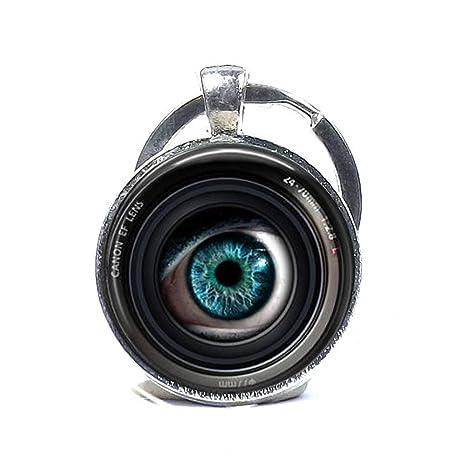 Llavero de lente de ojo en una cámara, llavero de fotógrafo ...