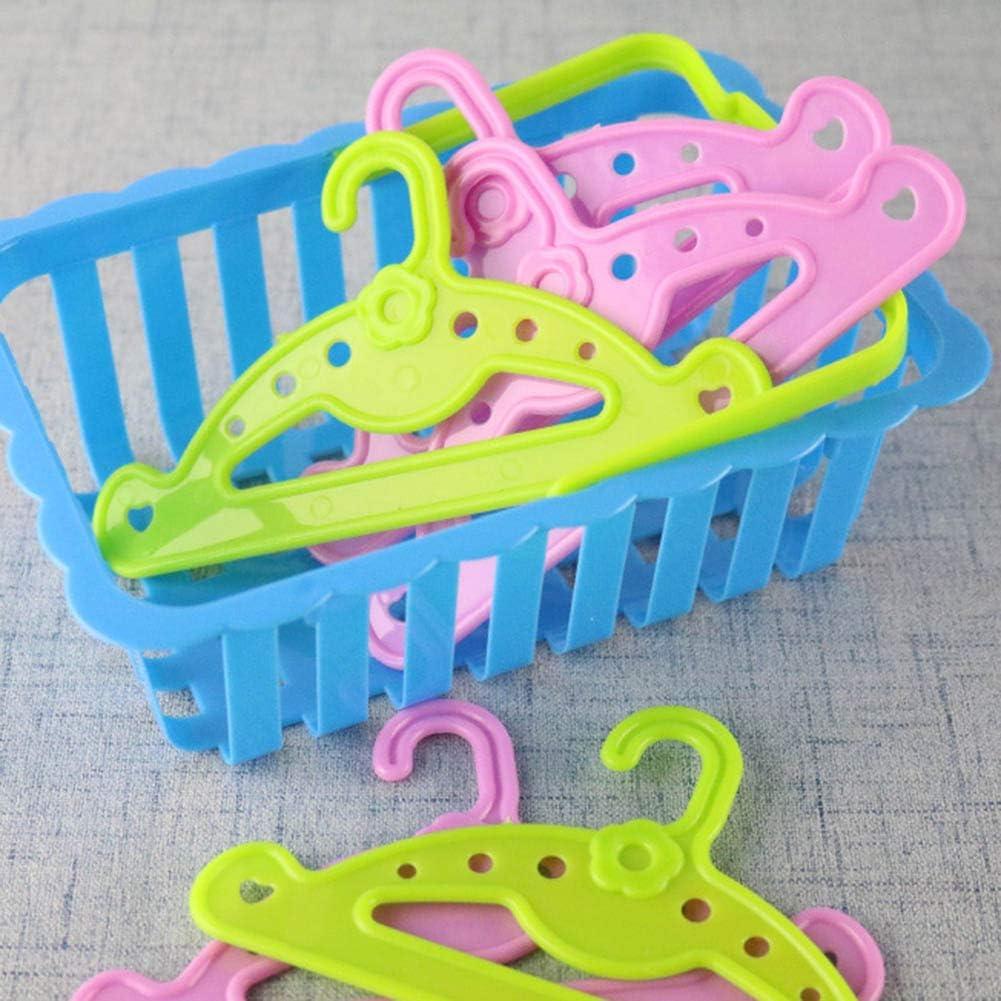 Chutoral 10 Piezas Perchas para Ropa de mu/ñecas Barbies Nuestra generaci/ón de mu/ñecas Verde y Rosa Accesorios para mu/ñecas Hechos a Mano