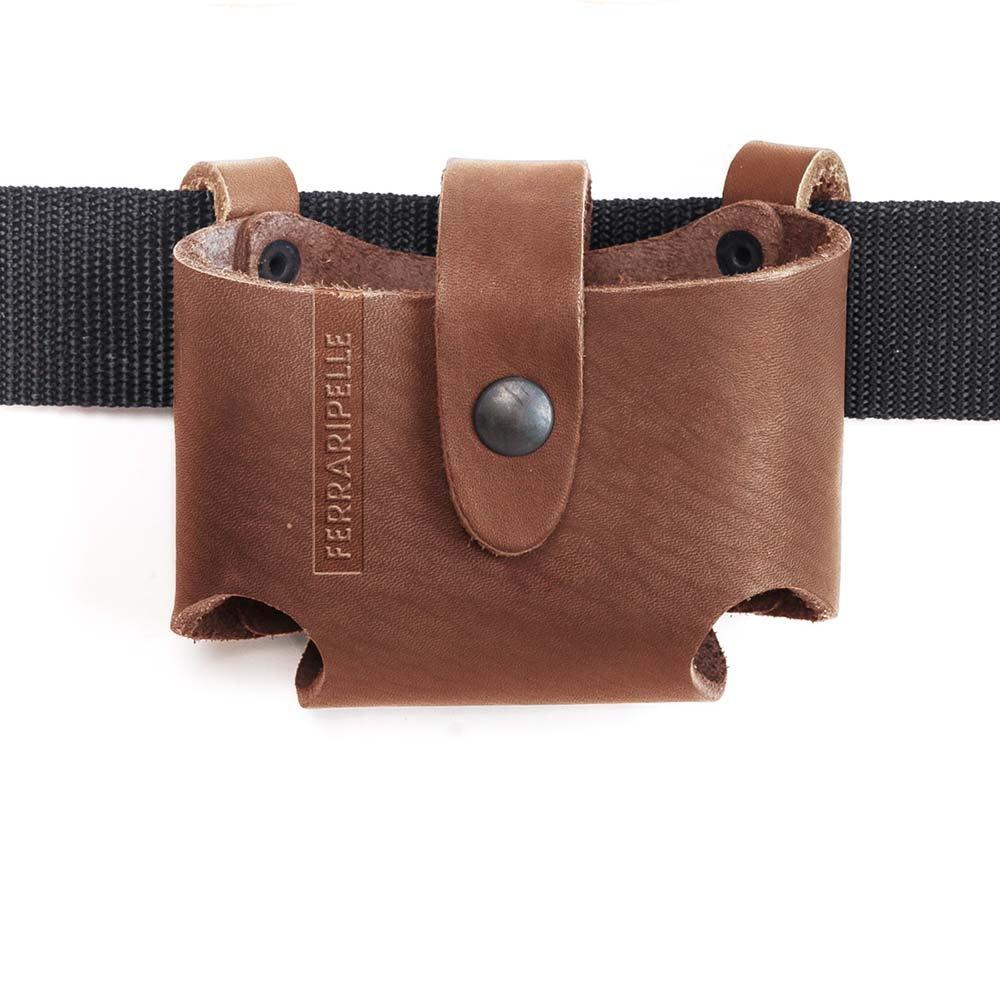 remaches Azulado color Negro Puerto Metro Roller en piel Cintur/ón incluido