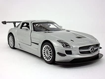 Mercedes SLS AMG GT3 Silver 1//24 Diecast Car Model by Motormax
