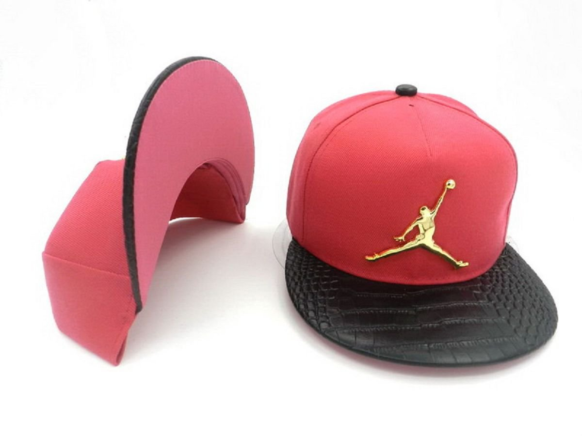 Amazon.com  Air Jordan Jumpman Adjustable Unisex Hot Sale Cap(pink.metal  Logo with Black Brim)  Sports   Outdoors ce4c87f76375