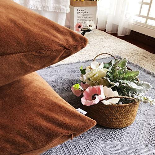 Comoco Housse de Coussin D/écoratif Couverture de Chenille Hot Pink 30x45cm