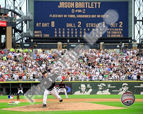 Mark Buehrle '09 Perfect Game Final Pitch with Scoreboard Photo 10 x 8in - Scoreboard Photo