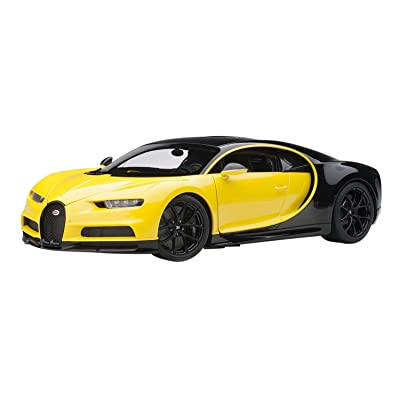 Bugatti Chiron Jaune Molsheim Yellow and Nocturne Black 1/18 Model Car by Autoart 70994: Toys & Games