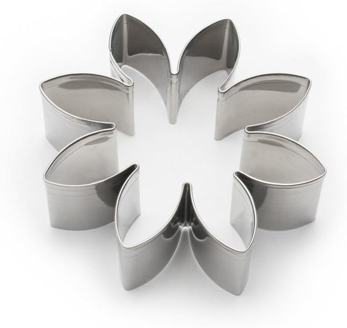 Amazon Com Fox Run Daisy Cookie Cutter 3 Inch Stainless Steel Flower Cookie Cutter Kitchen Dining
