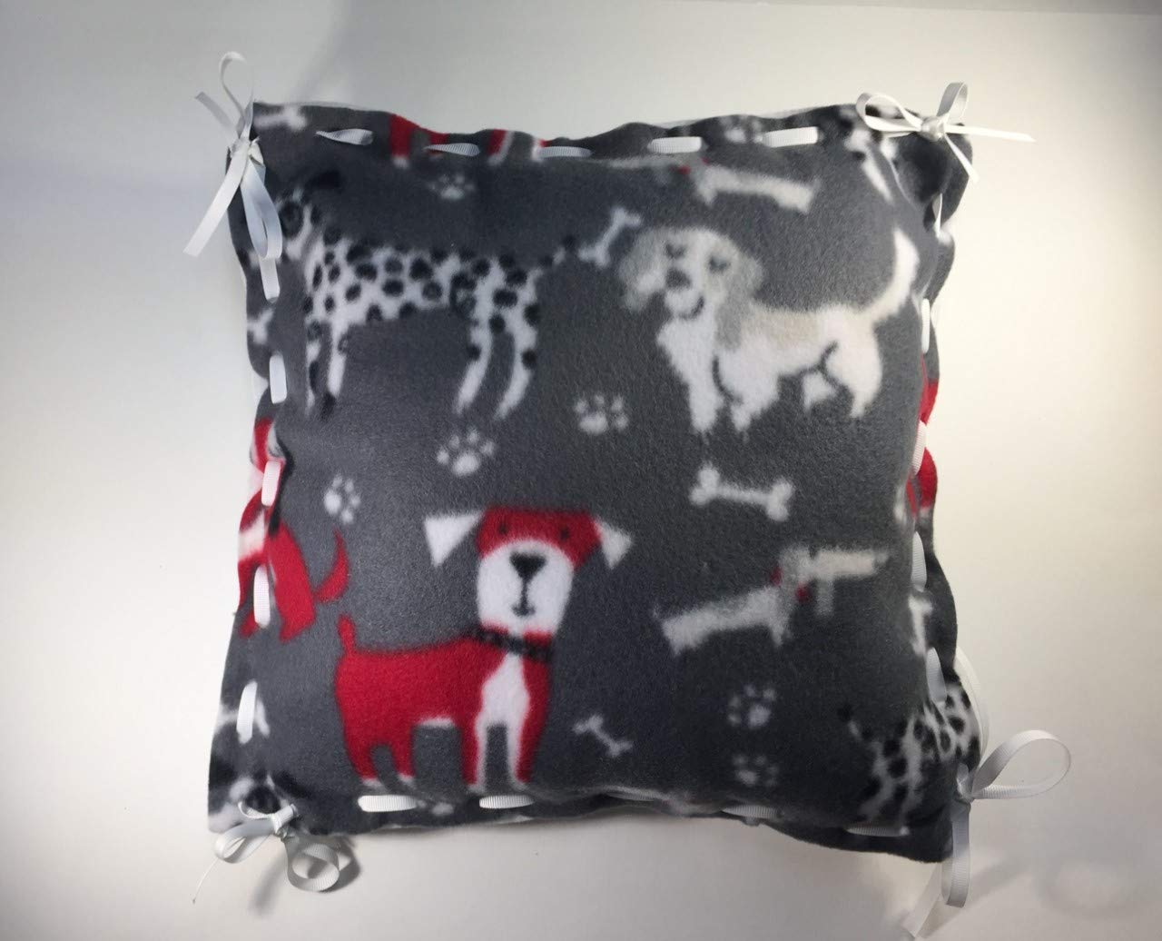 Elderly red Disabled Gray Child Friendly Simple Lacing Insert Included White Dog Pattern No Knotting Make Your Own Fleece Pillow Kit Activity for Blind Dementia//Alzheimer