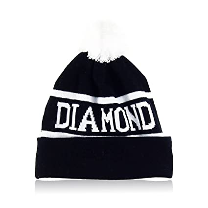 ca2ffe4572c Amazon.com  Wrea Winter Men Women Cap Diamond Pattern Gorro Beanies ...