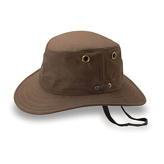Tilley Hats - TWC5 Waxed Cotton Hat British Tan 7 7 8  Amazon.co.uk ... f52a490c407