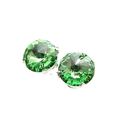 925 Sterling Silver stud earrings expertly made with sparkling Peridot (light green) crystal from SWAROVSKI® for Women v1Udr