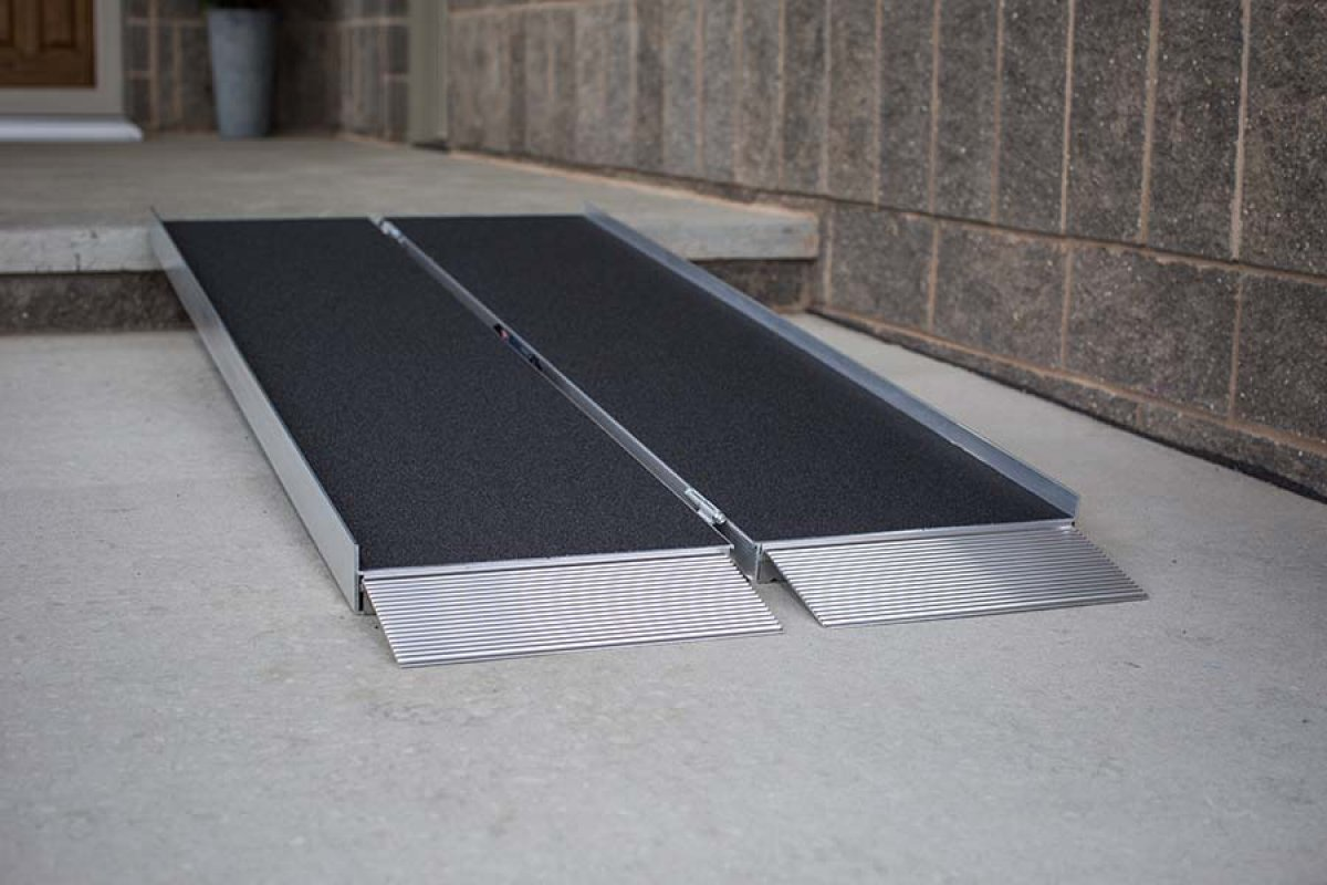Wheel Chair Ramp, Singlefold, 6' L X 29'' W, 800 Pound Capacity. Three-year Warranty. The Ramp Can Be Separated, Making It Even Easier to Use, Carry and Store.