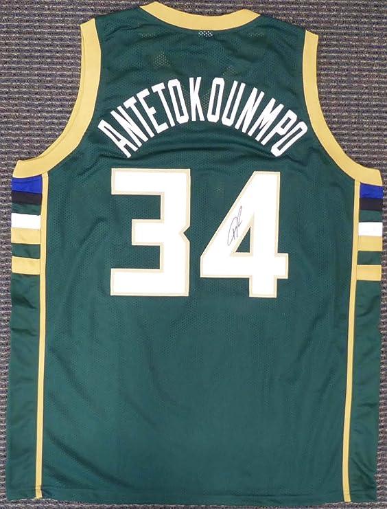 Amazon.com: Milwaukee Bucks Giannis Antetokounmpo ...
