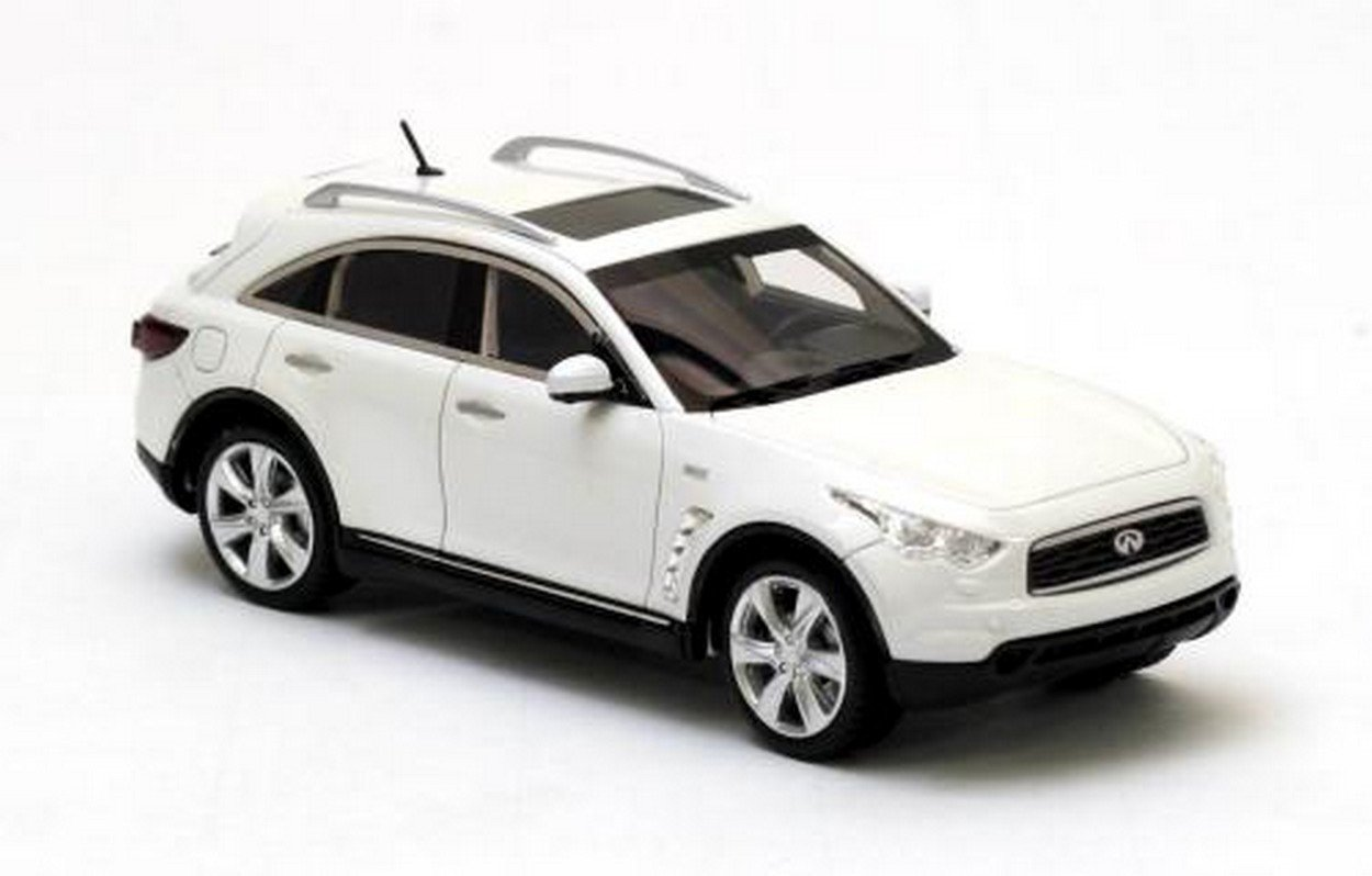 NEO+ Scale Models NEO44541 INTINITY FX50 Version 2 2010 Pearl 1:43 Die Cast Model