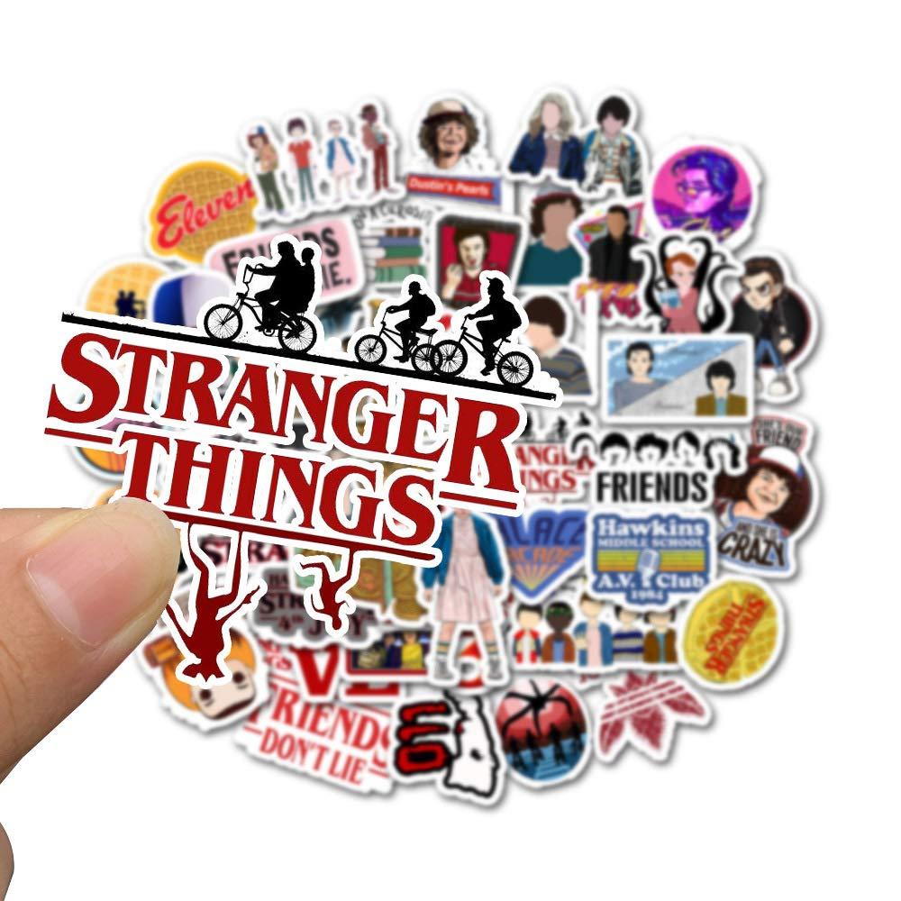 color1,3-6cm KIACIYA 50Pcs Stranger Things Adesivi,Stranger Things Sticker Coverper Laptop Adesivo per Auto Motocicletta Adesivo per Bagagli Graffiti Adesivo per Skateboard