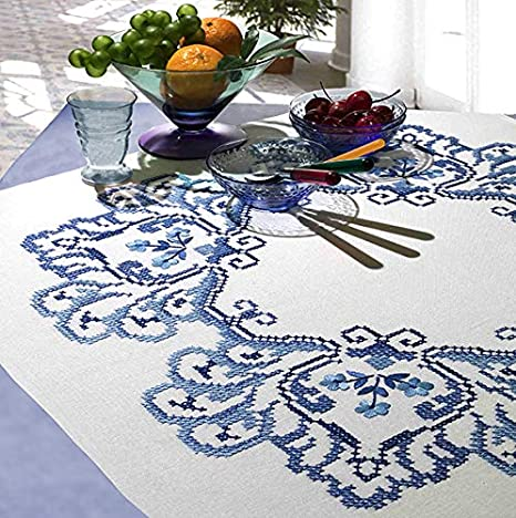 Kamaca Classic Flowers Cross Stitch Kit With Embroidery Pattern Tablecloth 80 X 80 Cm Amazon De Home Kitchen