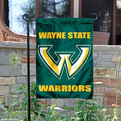Amazon.com : Wayne State Warriors Garden Flag : Sports & Outdoors