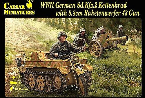 - Caesar Miniatures - 1/72 WWII German SdKfz 2 Kettenkrad w/8/8cm Raketenwerfer 43 Gun & Crew (Kit)