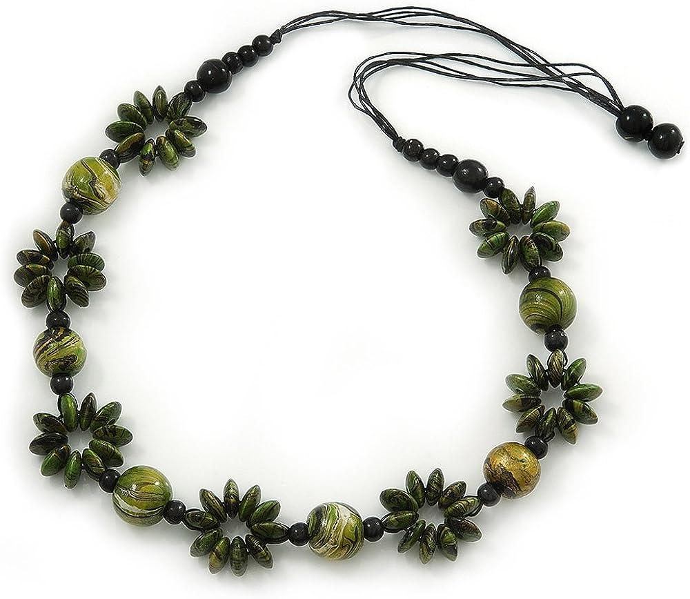 Collar largo de flores de madera con cordón negro de algodón (80cm), color verde y dorado