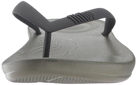 0d2b63d116f Fitflop Men s Iqushion Ergonomic Flip-Flops Open Toe Sandals  Amazon.co.uk   Shoes   Bags
