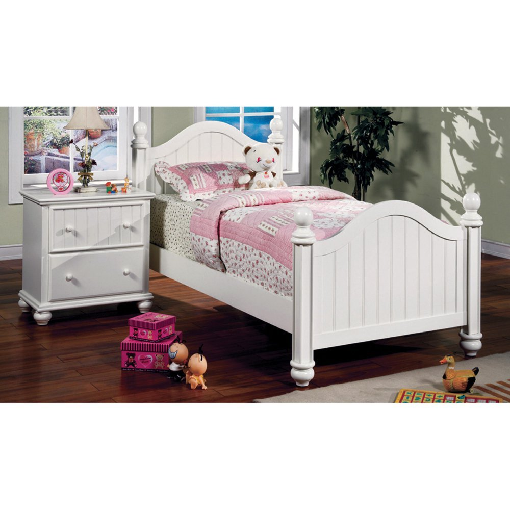 Furniture of America Mari Cottage Style Panel Bed -
